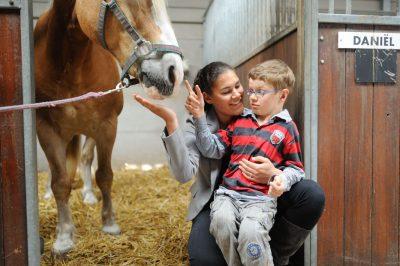 Paardrijden bij Handje Helpen